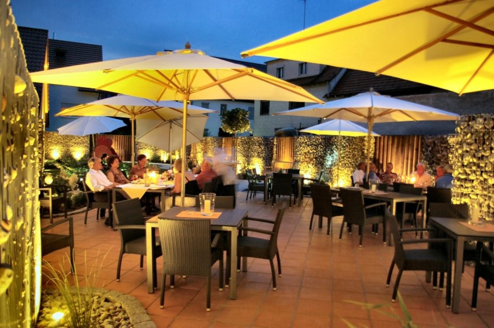 hotel hirsch leonberg gut essen im restaurant alt eltingen das restaurant in leonberg. Black Bedroom Furniture Sets. Home Design Ideas